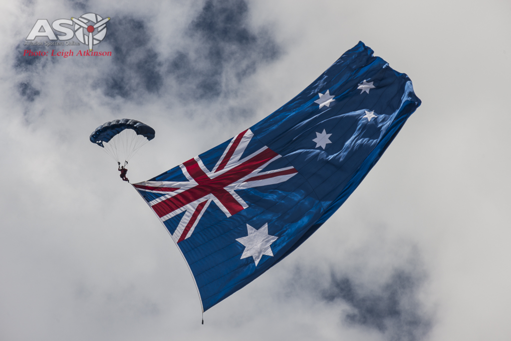 Brisbane Valley Airshow - flag drop