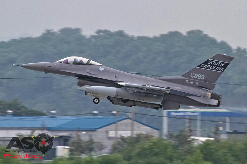 Mottys-Osan-SC-F16-889-1135-DTLR-1-001-ASO