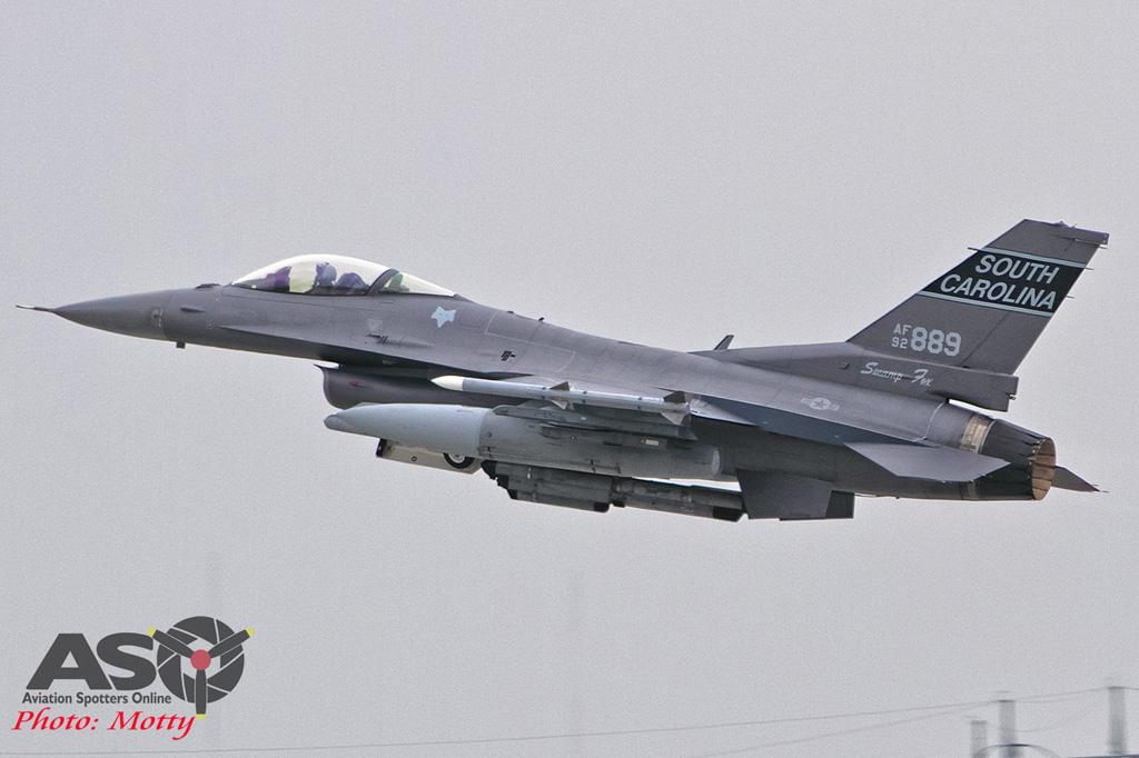 Mottys-Osan-SC-F16-889-1144-DTLR-1-001-ASO