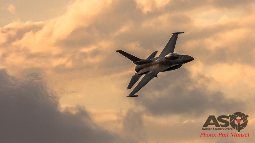 USAF F-16 (48)