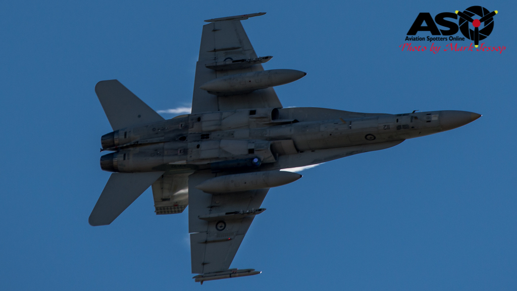 F-A-18A low level Western Airspace tank run-15