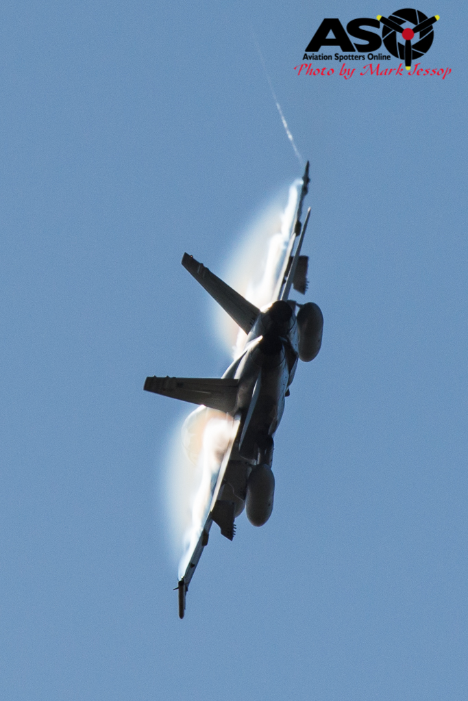 F-A-18A low level Western Airspace tank run-27