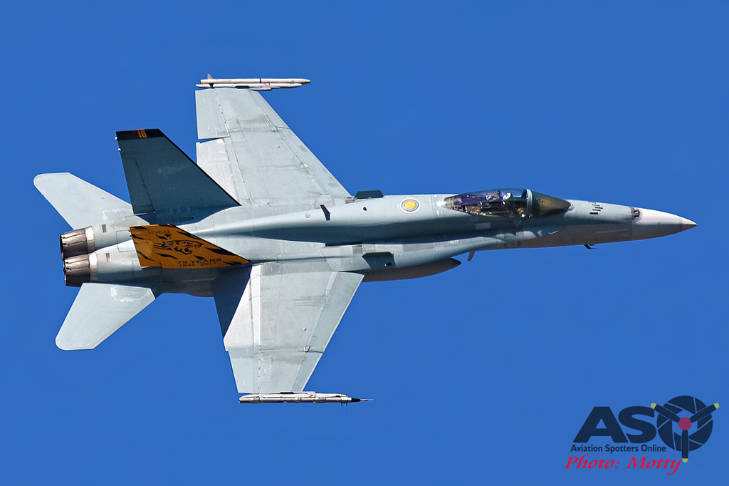 Mottys-FA-18A-Hornet-A21-16-2OCU-Anniversary-2017_02_22_0829-DTLR-1-1-001-ASO