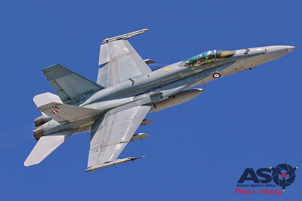 Mottys-RAAF-2OCU-Classic-FA-18-Hornet-Display-SEP2019-00938-ASO