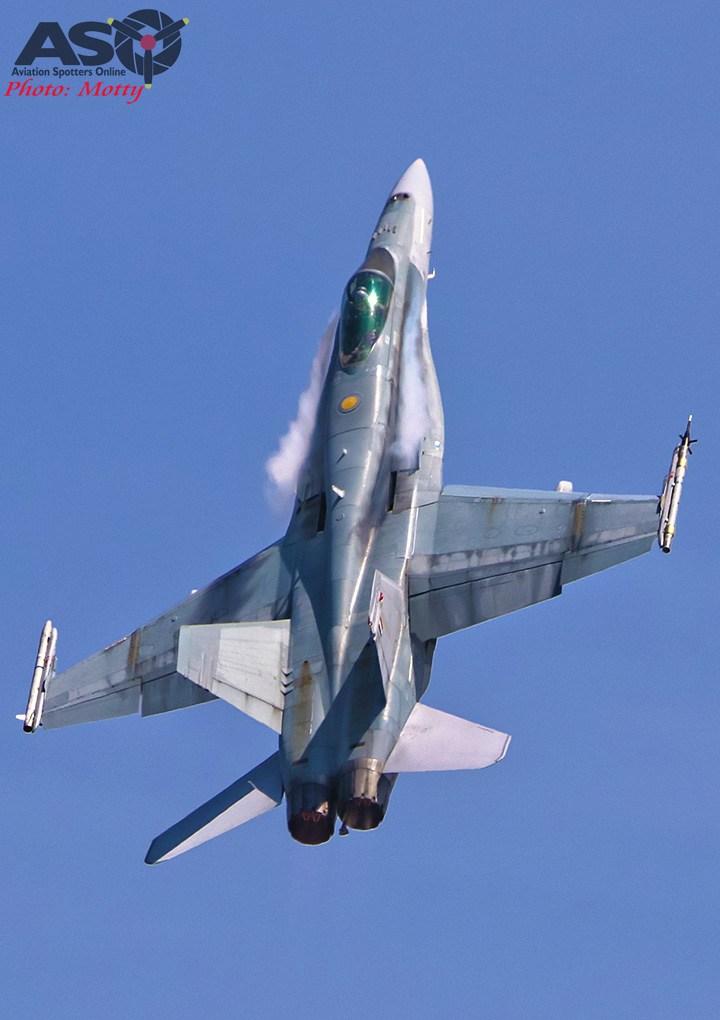 Mottys-RAAF-2OCU-Classic-FA-18-Hornet-Display-SEP2019-00976-ASO
