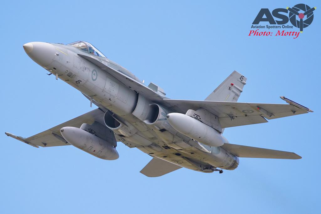 Mottys-RAAF FA-18 Hornet 3Sqn-0163-ASO