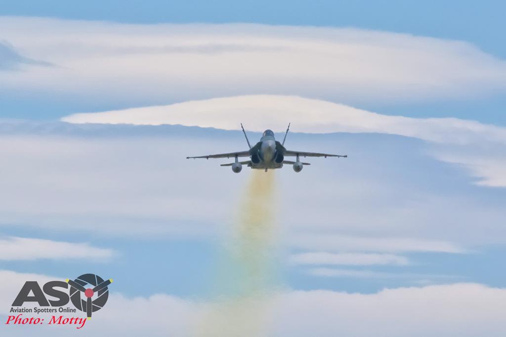 Mottys-RAAF FA-18 Hornet 3Sqn-0915-ASO