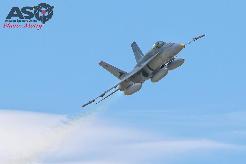 Mottys-RAAF FA-18 Hornet 3Sqn-0974-ASO