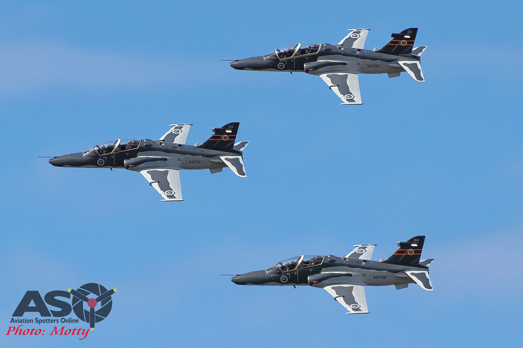 RAAF 3 ship Hawk flight
