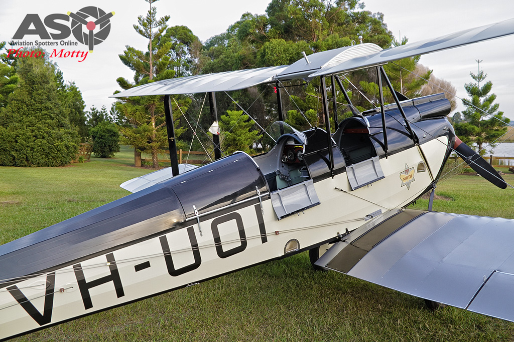 Mottys DH-60M Gipsymoth VH-UOI-106