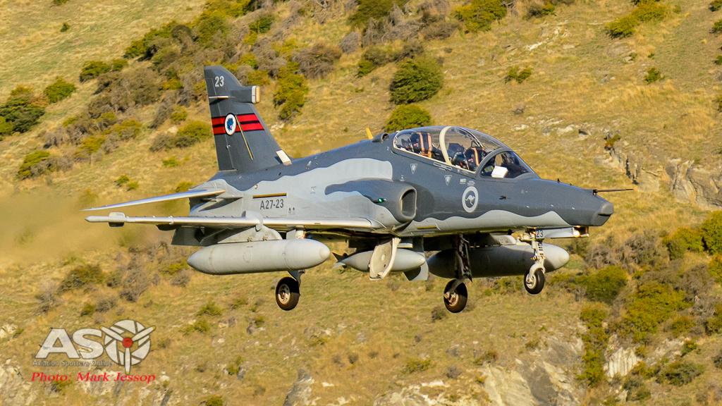Hawks Queenstown arrive-10