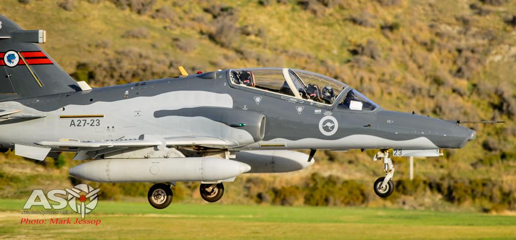 Hawks Queenstown arrive-11