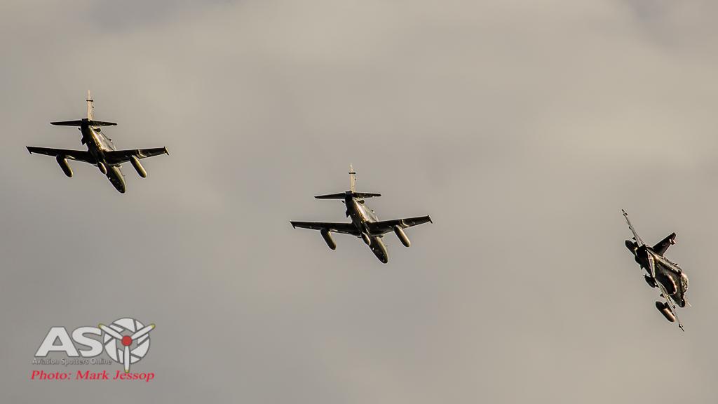 Hawks Queenstown arrive-24