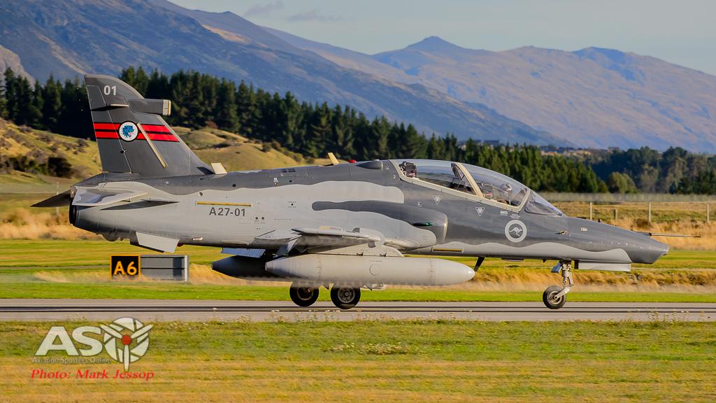 Hawks Queenstown arrive-7