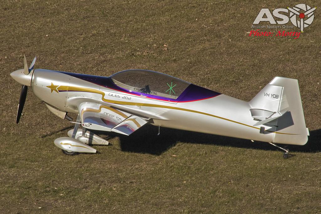 Mottys-PBA-Aerobatic-Day-2016-Giles-202-VH-YOB-109