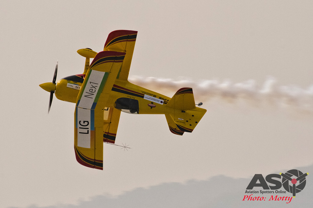 Mottys Paul Bennet Airshows Wolf Pitts Pro VH-PVB Korea ADEX 2015 010
