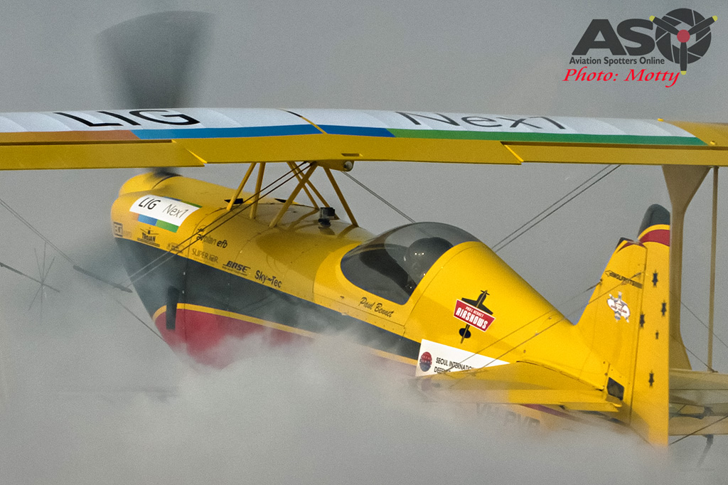 Mottys Paul Bennet Airshows Wolf Pitts Pro VH-PVB Korea ADEX 2015 016