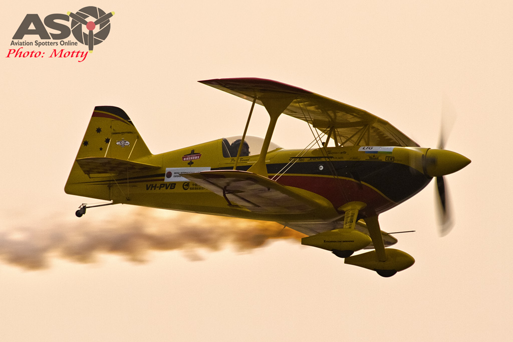 Mottys Paul Bennet Airshows Wolf Pitts Pro VH-PVB Korea ADEX 2015 022