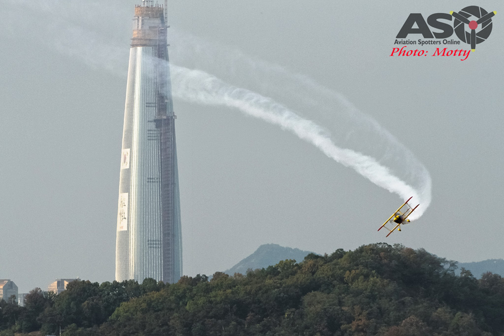 Mottys Paul Bennet Airshows Wolf Pitts Pro VH-PVB Korea ADEX 2015 055