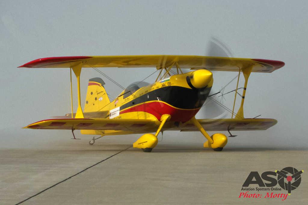 Mottys Paul Bennet Airshows Wolf Pitts Pro VH-PVB Korea ADEX 2015 062