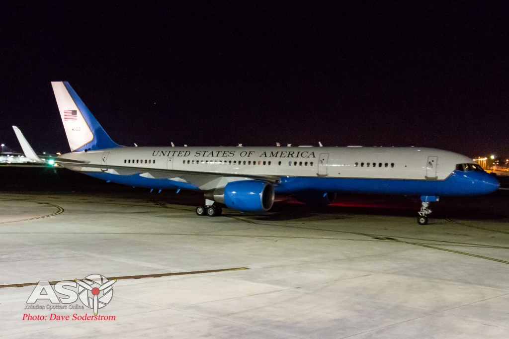 USAF 98-80001 C-32 ASO 2 (1 of 1)