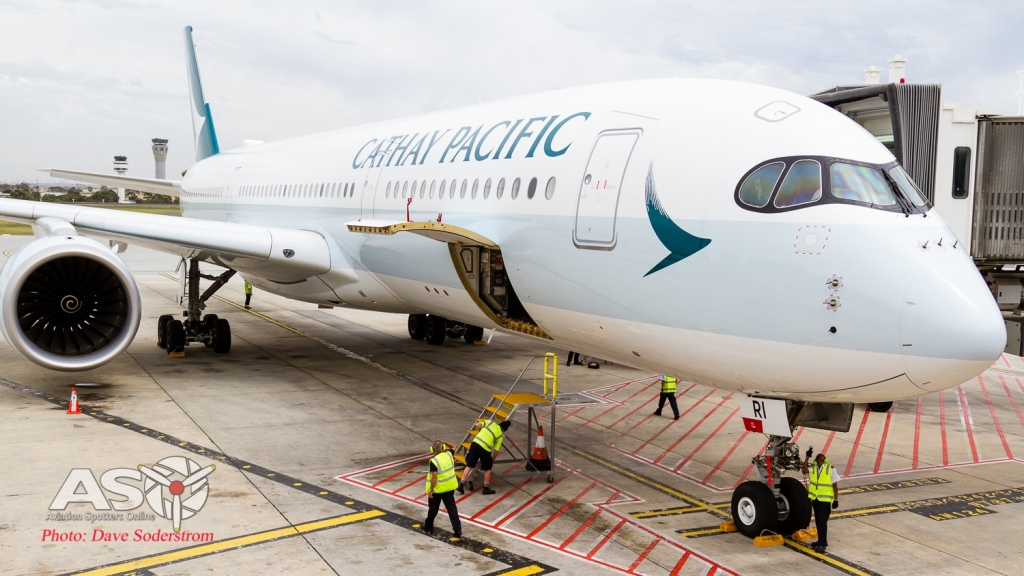 Cathay-A350-LR-15-1-of-1