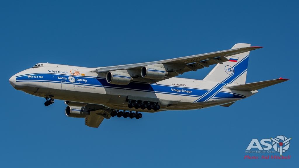AN 124-100 RA-82047