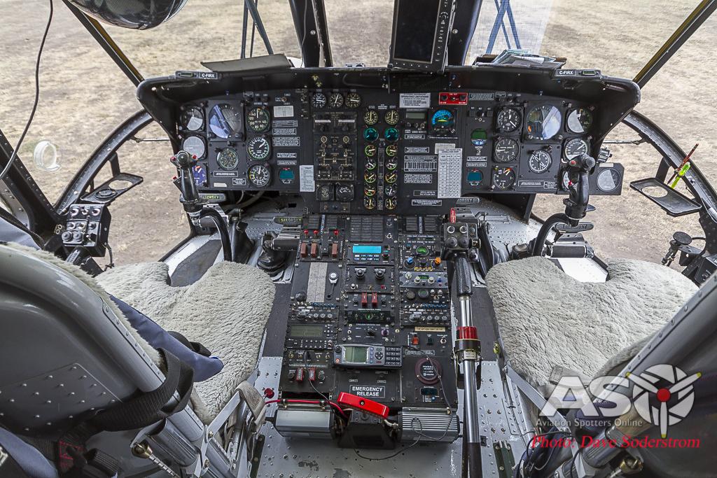 S-61 347 cockpit
