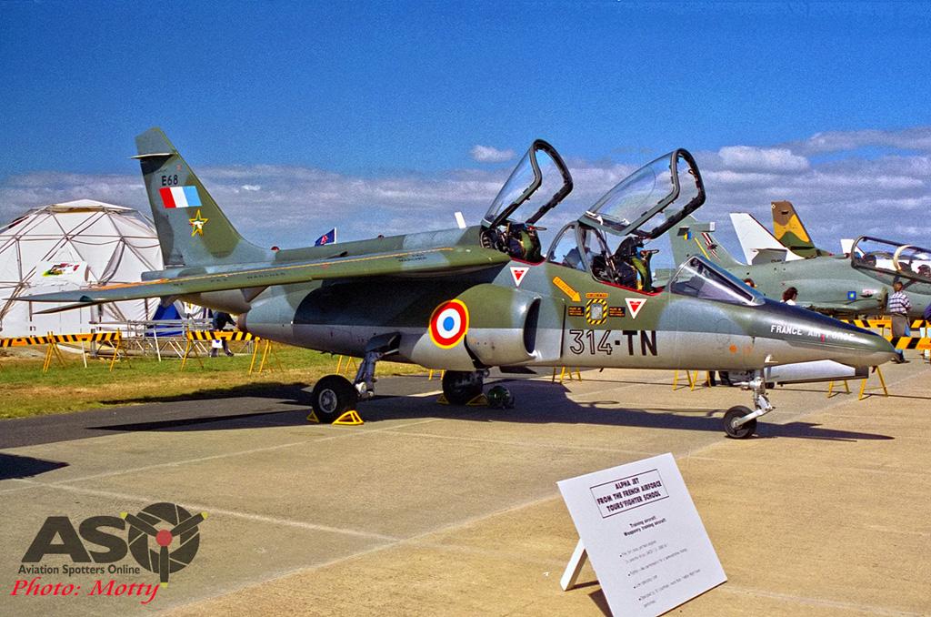 Mottys-Avalon-1995-Alpha-Jet-E68-01-DTLR-1-001-ASO