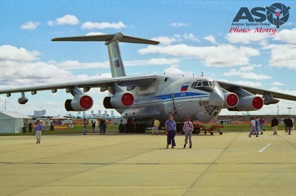 Mottys-Avalon-1995-IL-76-02-DTLR-1-1-ASO