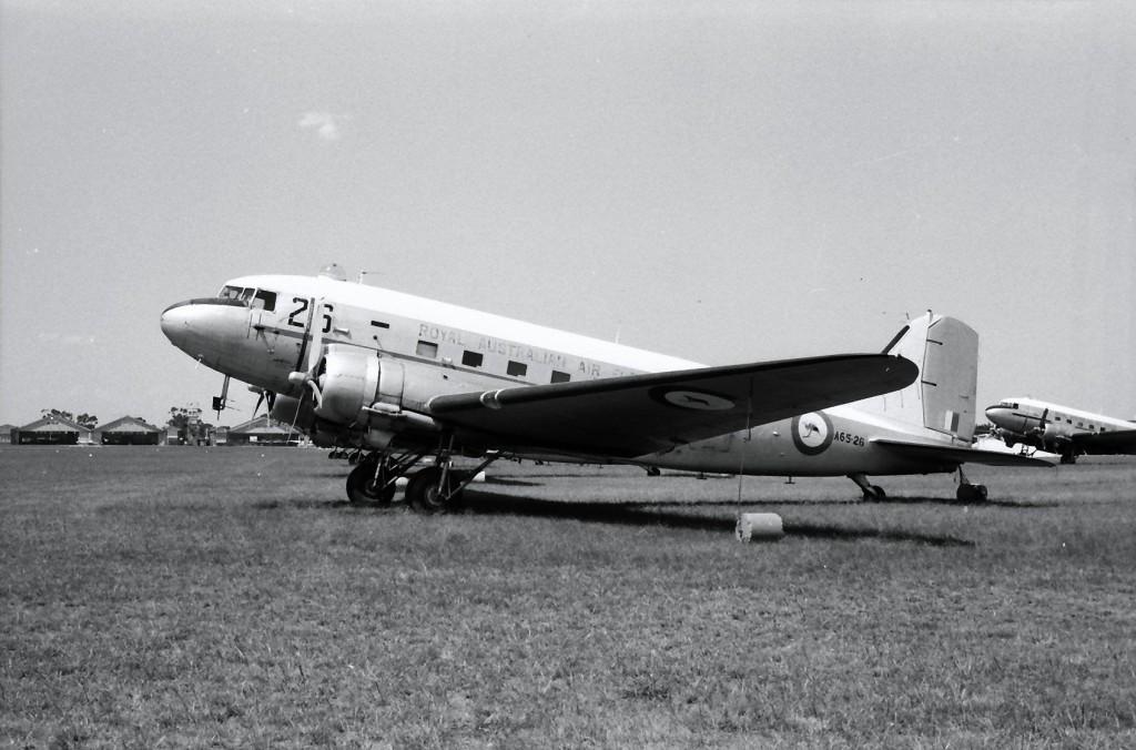 Douglas-C47-Dakota-A65-26-18.2.71-LAV_pe