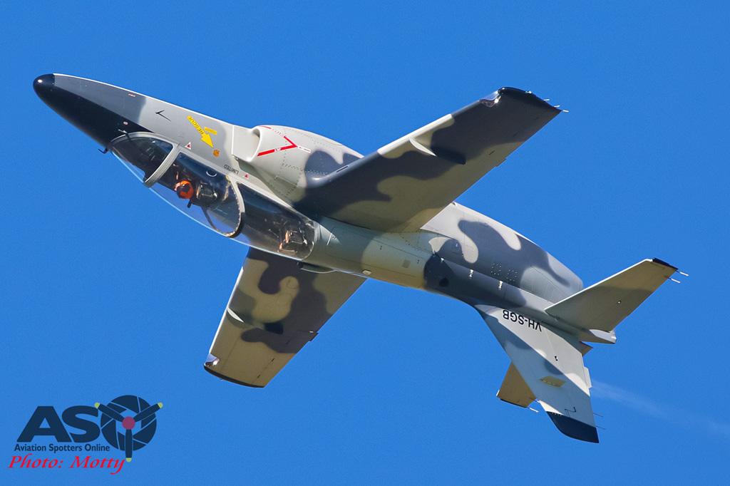 Mottys-Warbirds-S211s-WOI-2018-13398-001-ASO