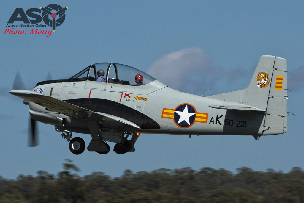 Mottys AWAL Kingaroy 2015 T-28A VH-VBT 0060