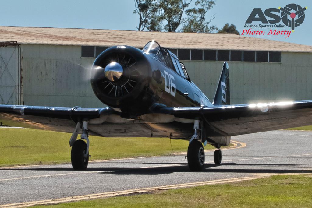 Mottys AWAL Kingaroy 2015 T-6 VH-TEX 0060