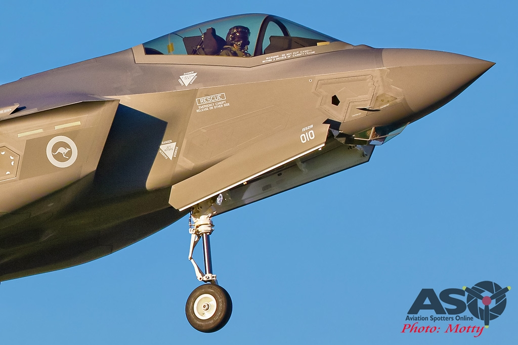 Mottys-AWIC-2019-Dawn-Strike-RAAF-F-35-JSF-03885-ASO