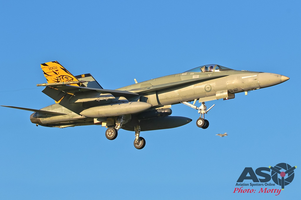 Mottys-AWIC-2019-Dawn-Strike-RAAF-FA-18-Classic-Hornet-01575-DTLR-1-001-ASO