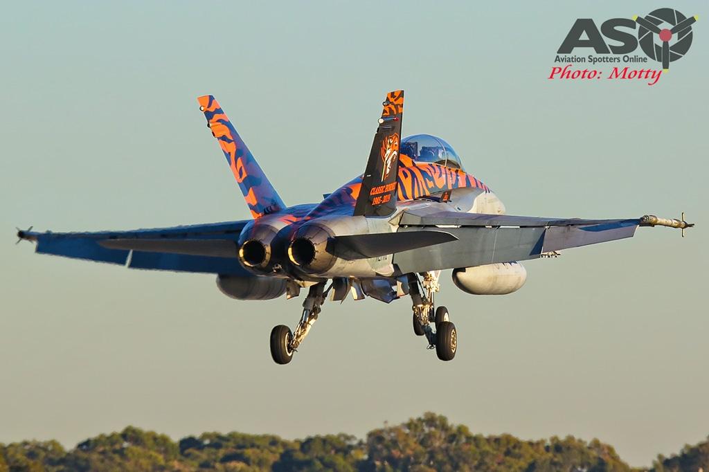 Mottys-AWIC-2019-Dawn-Strike-RAAF-FA-18-Classic-Hornet-01881-ASO