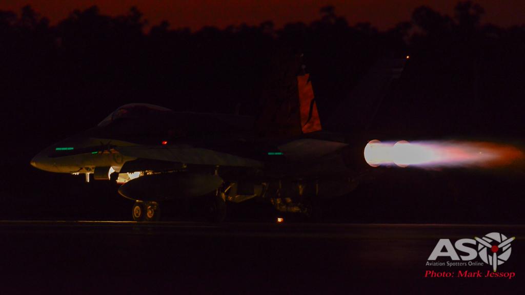 AWIC17 Dusk Take off (13 of 16)