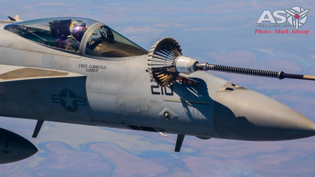 tanker air to air_-24