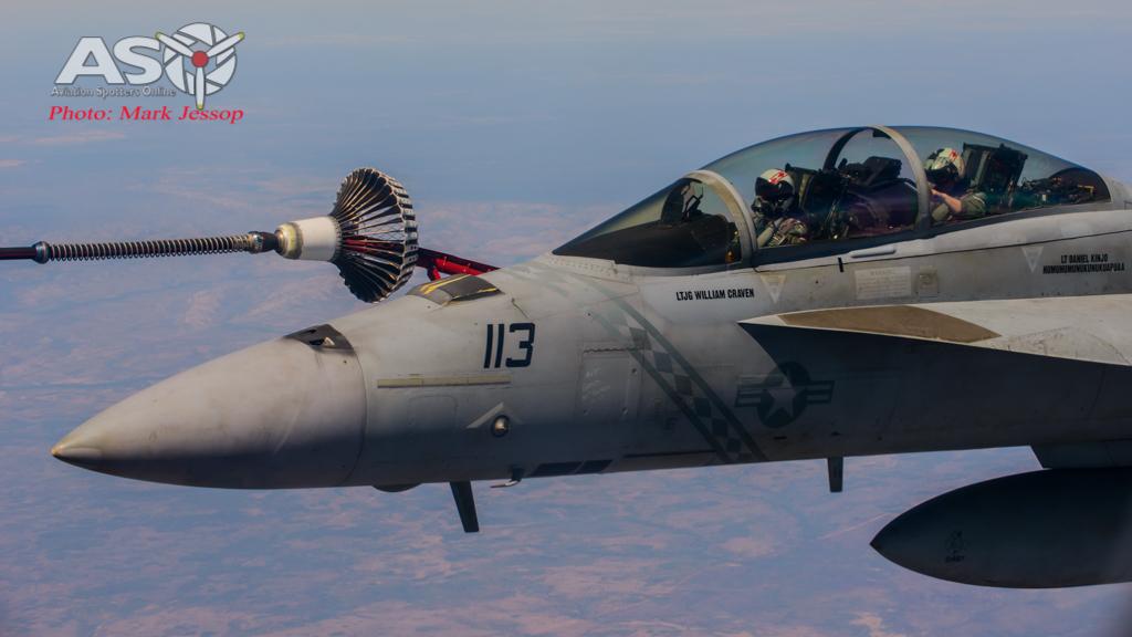 tanker air to air_-34