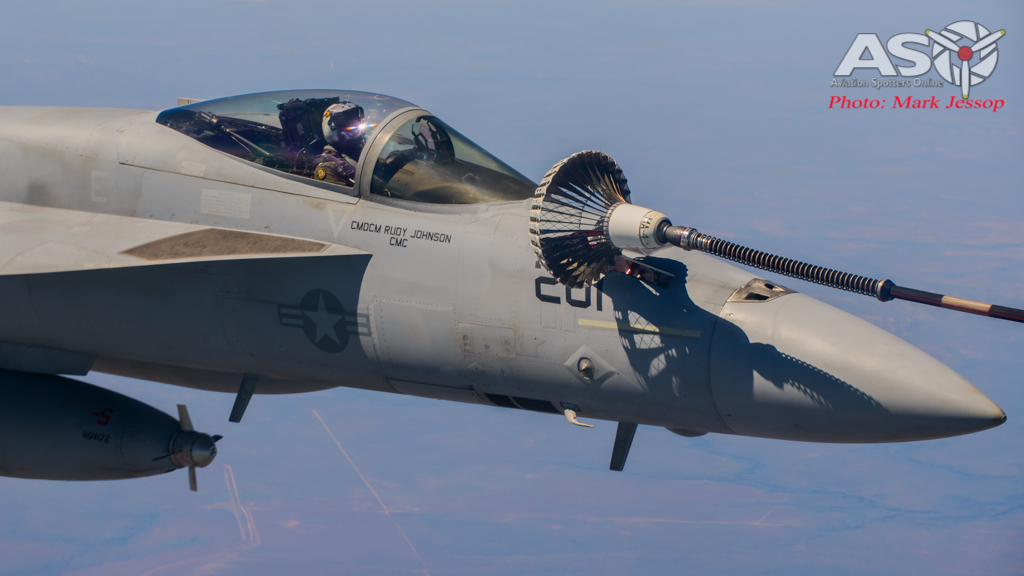 tanker air to air_-37