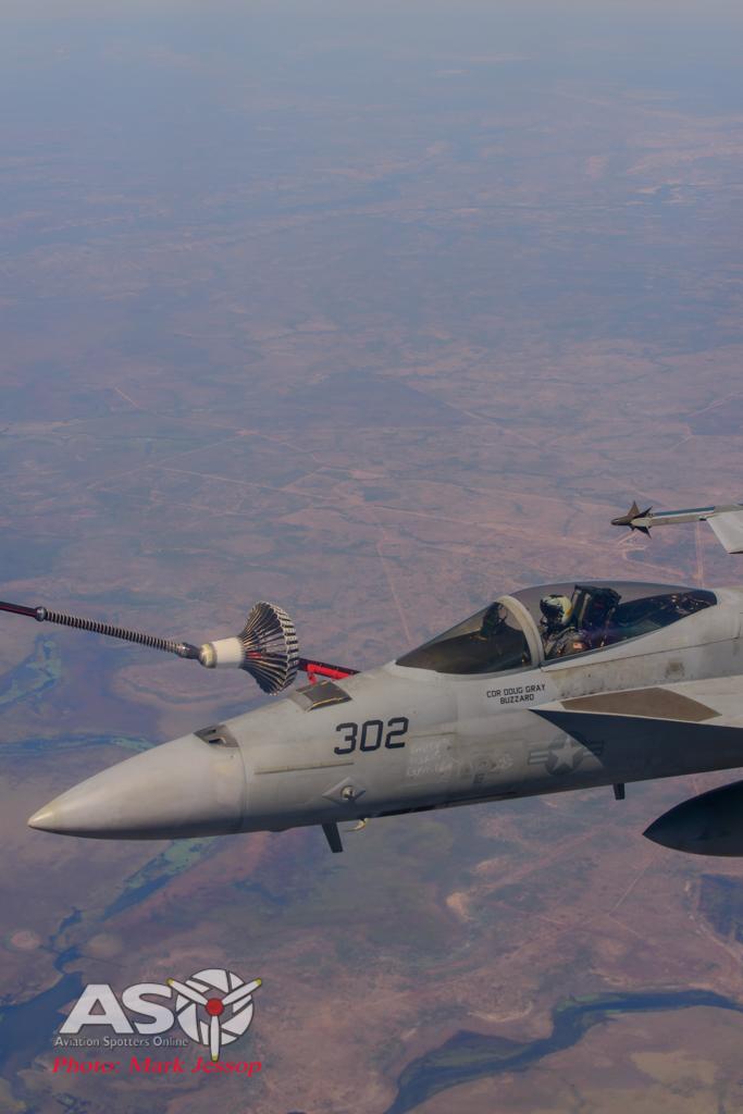 tanker air to air_-60