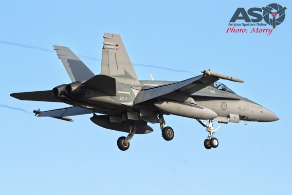 Mottys RAAF FA-18 Williamtown FCI 2015 0014