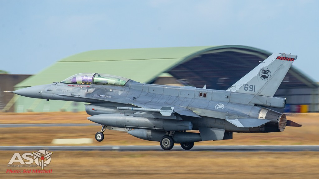 RSAF F-16D Fighting Falcon
