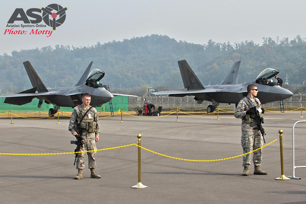Mottys-F-22-Seoul-ADEX-2015-0583-DTLR-1-001-ASO