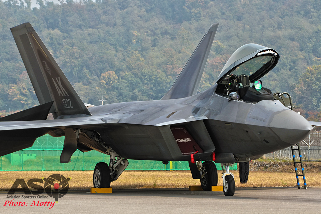 Mottys-F-22-Seoul-ADEX-2015-1211-DTLR-1-001-ASO