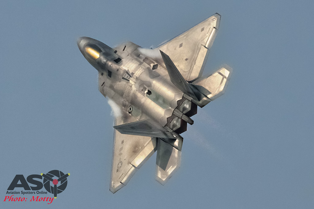 Mottys-F-22-Seoul-ADEX-2015-1336-DTLR-1-001-ASO