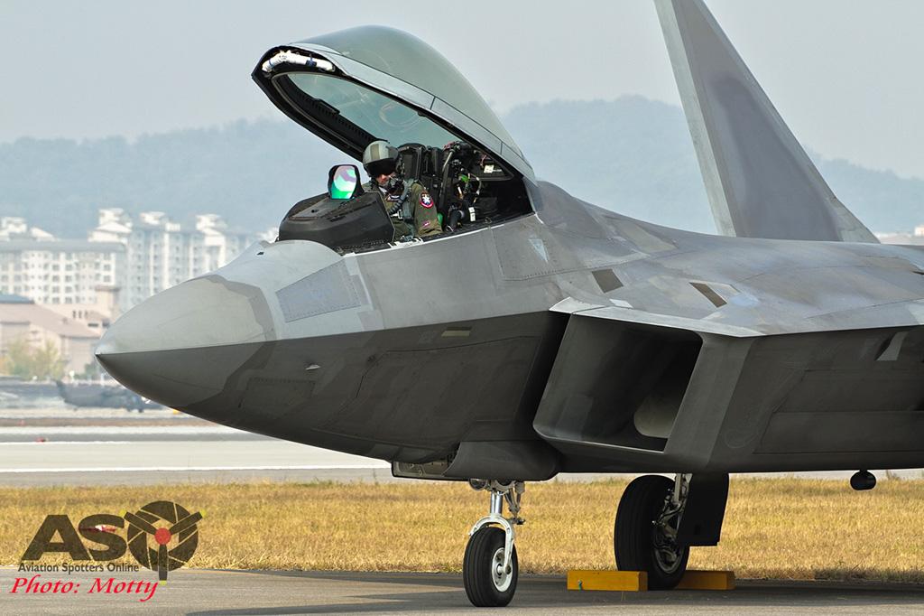 Mottys-F-22-Seoul-ADEX-2015-1393-DTLR-1-001-ASO