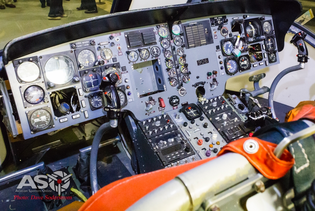 FAAM SeaKing cockpit (1 of 1)