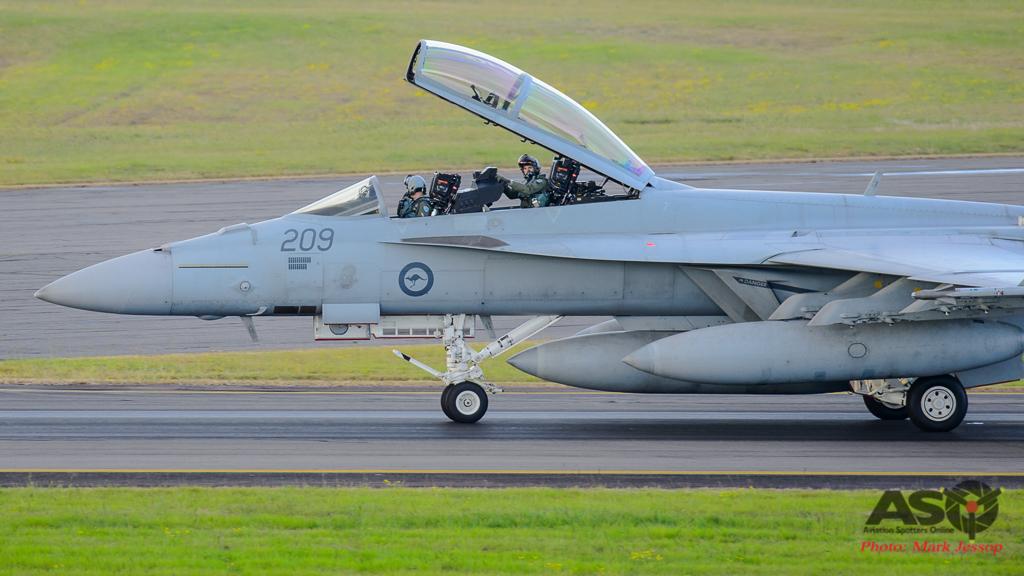 F/A-18F Super Hornet A44-209 6SQN